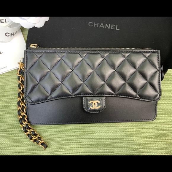752049cc9c9787 CHANEL Bags | Classic Pouch W Handle Wristlet | Poshmark